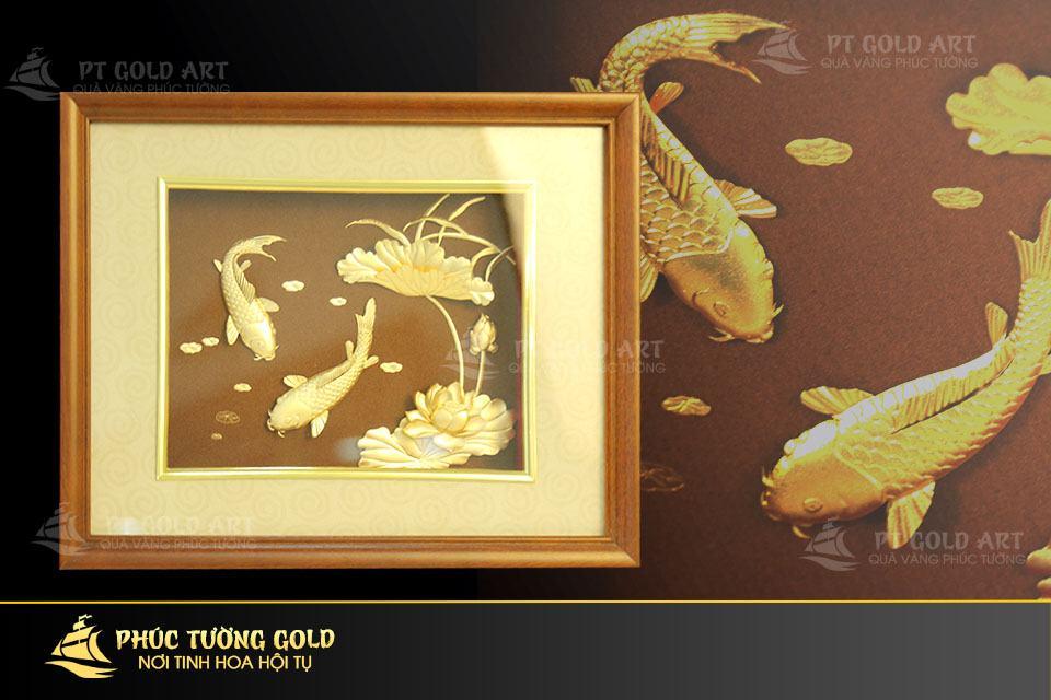 Tranh cá chép hoa sen dát vàng