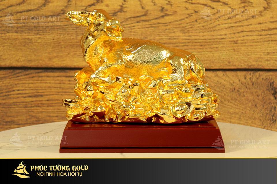 Tượng trâu phong thủy mạ vàng mẫu 2